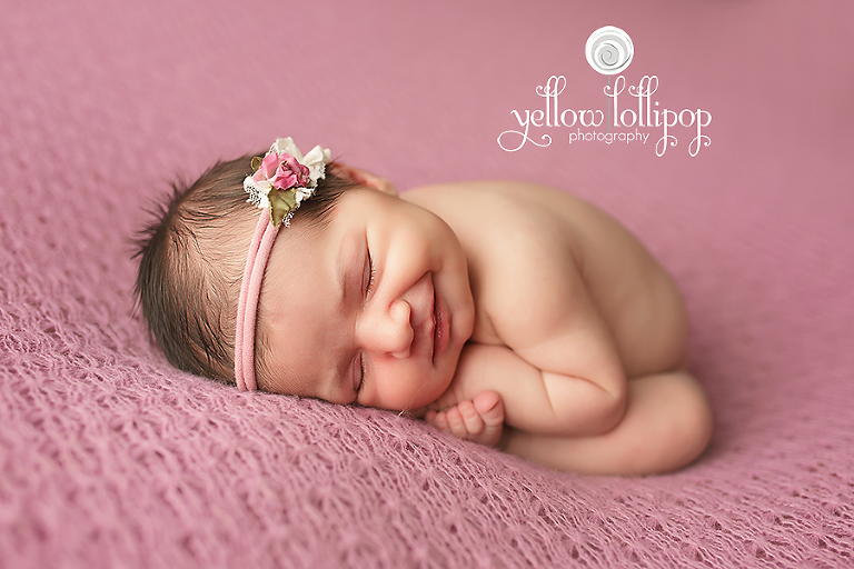Yellow lollipop photography is a union county nj newborn photographer located in whitehouse station nj if youd like to book a session please contact me