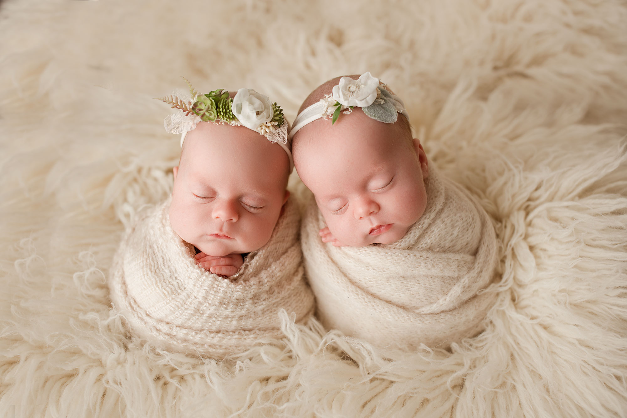 I love my work as a new jersey photographer and would love to discuss how i can create the perfect photo session for your newborn or for your entire family
